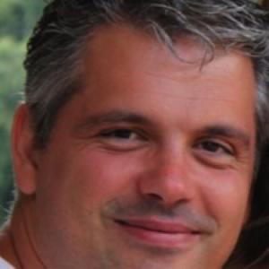 Douglas Valverde
